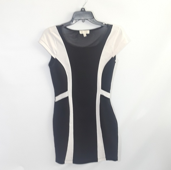 bebfb327 Nicki Minaj Dresses | Black And White Stretch Body Con Dress | Poshmark